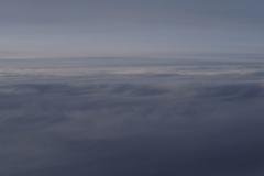 空の上の小々波