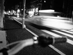 夜の自転車より