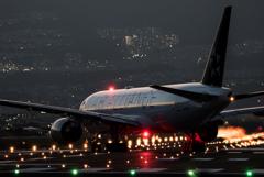 Twilight 「Boeing 777-200 STARALLIANCE」