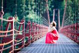 「蔵王橋 レッド ドレス バージョン」2
