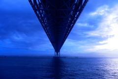真っすぐに。瀬戸大橋