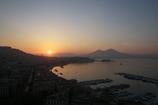 ナポリ湾の朝日