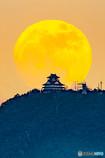 2018/01/01の月と岐阜城①