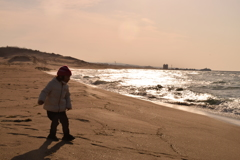 鳥取砂丘の波に挑む