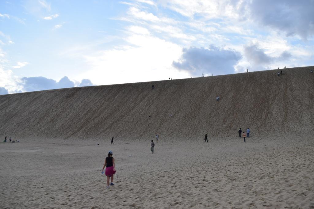 鳥取砂丘と秋の空