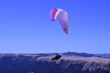 阿蘇・大観峰にて、パラグライダー。