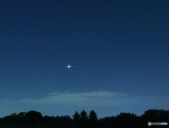 今朝の金星とスピカ