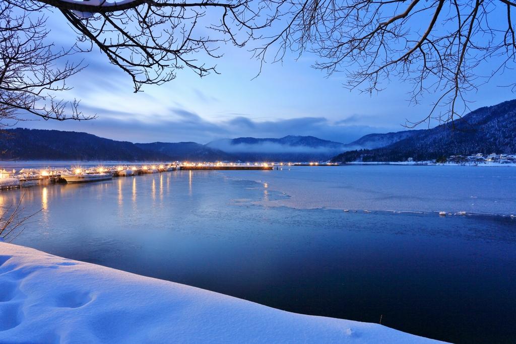Blue ~余呉湖冬景Ⅱ~