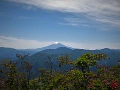 滝子山の頂にて