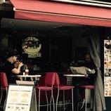 男と女のカフェ