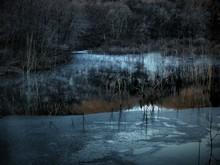 寂寥の湖畔