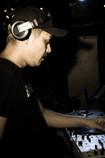同級生DJ。