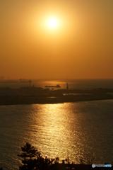 関門の夕陽