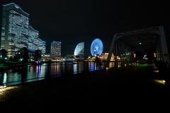 ブルーライト横浜