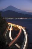 夜明けの東海道