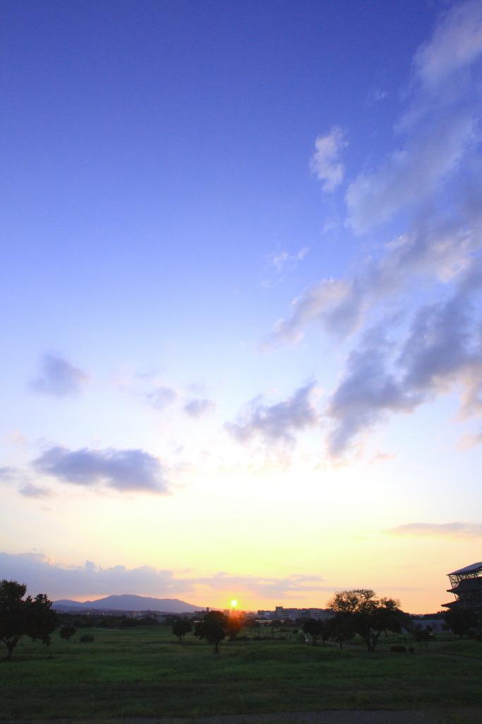 青の夕焼け