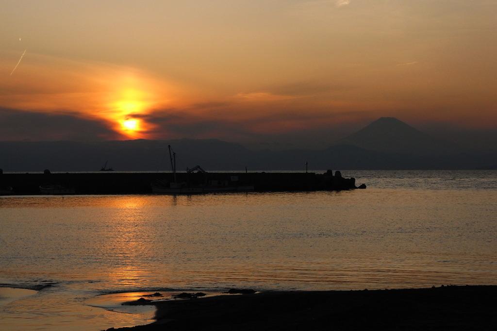三戸海岸の夕日3