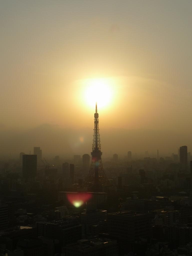 東京タワー大爆発!!!