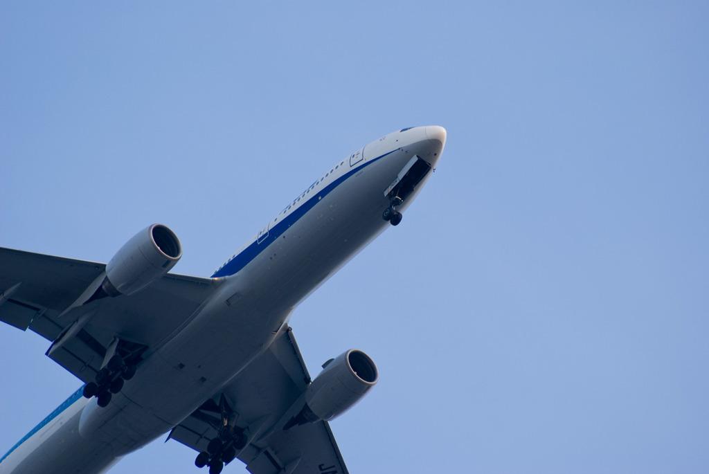 伊丹行き飛行機