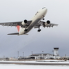 JAL A300-600R 雪の出雲を飛び立つ