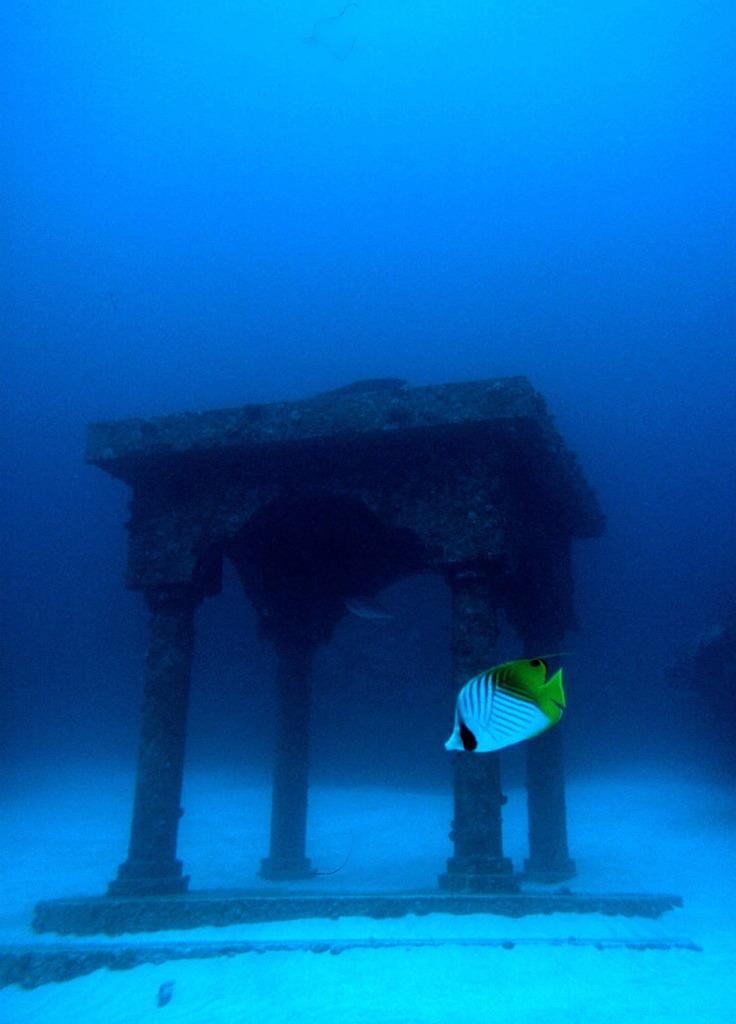 海のパルテノン