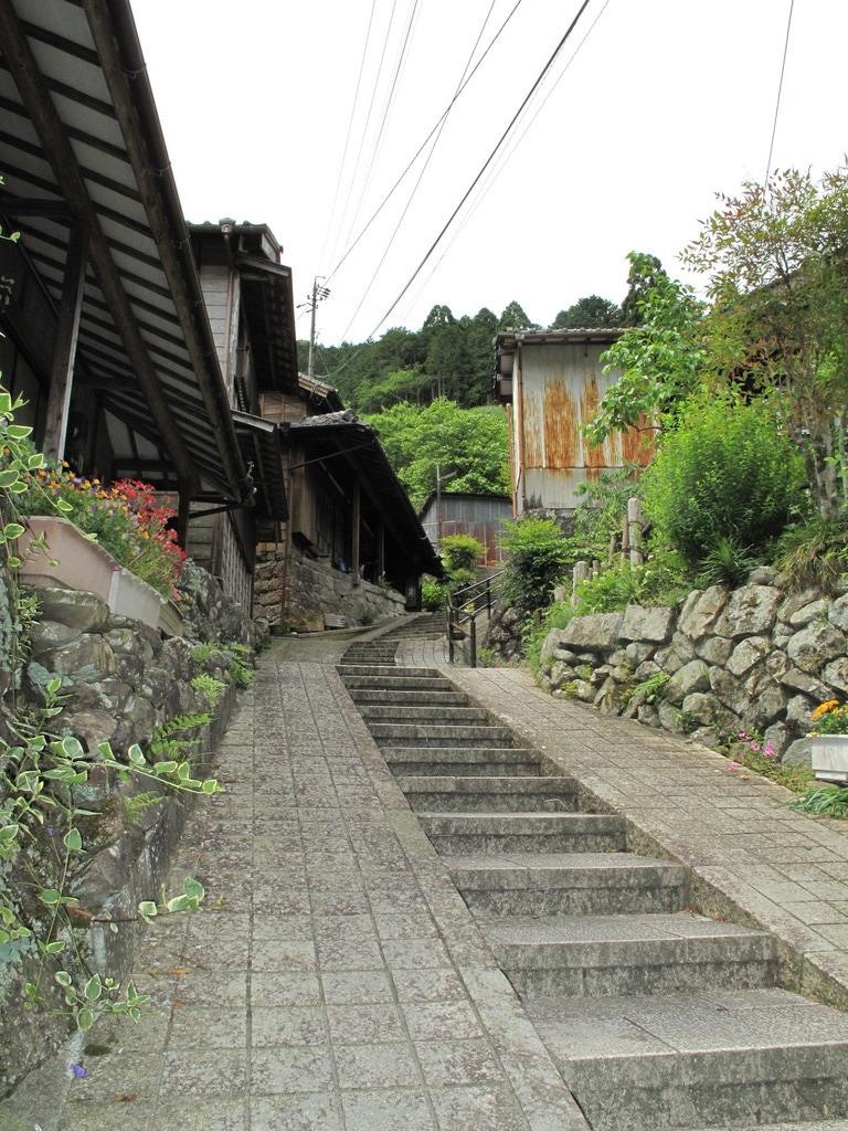 集落の石段