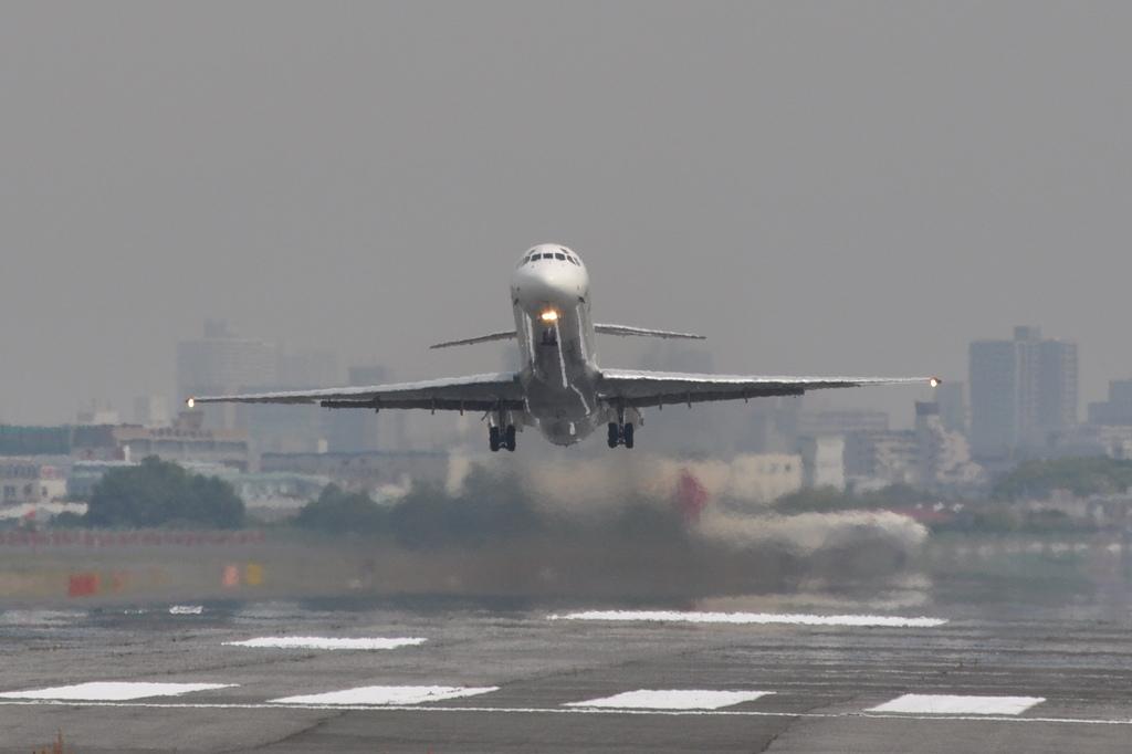 MD-81