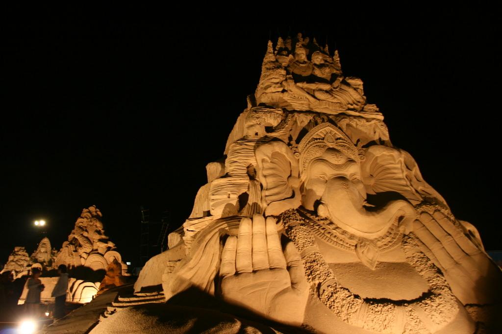 砂像フェスタ・ライトアップ
