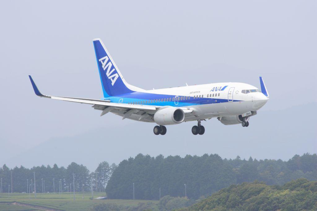 静岡空港にて 737-700