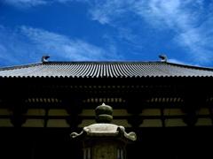 夏の唐招提寺金堂