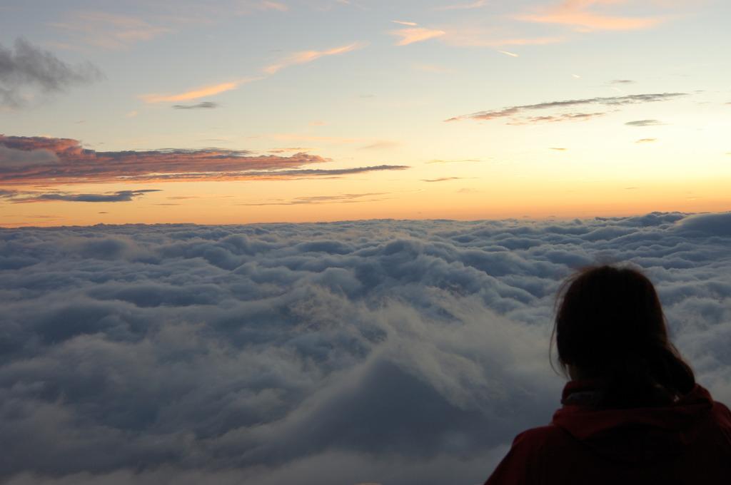目の前の雲海