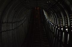 立山黒部ルートのトンネル