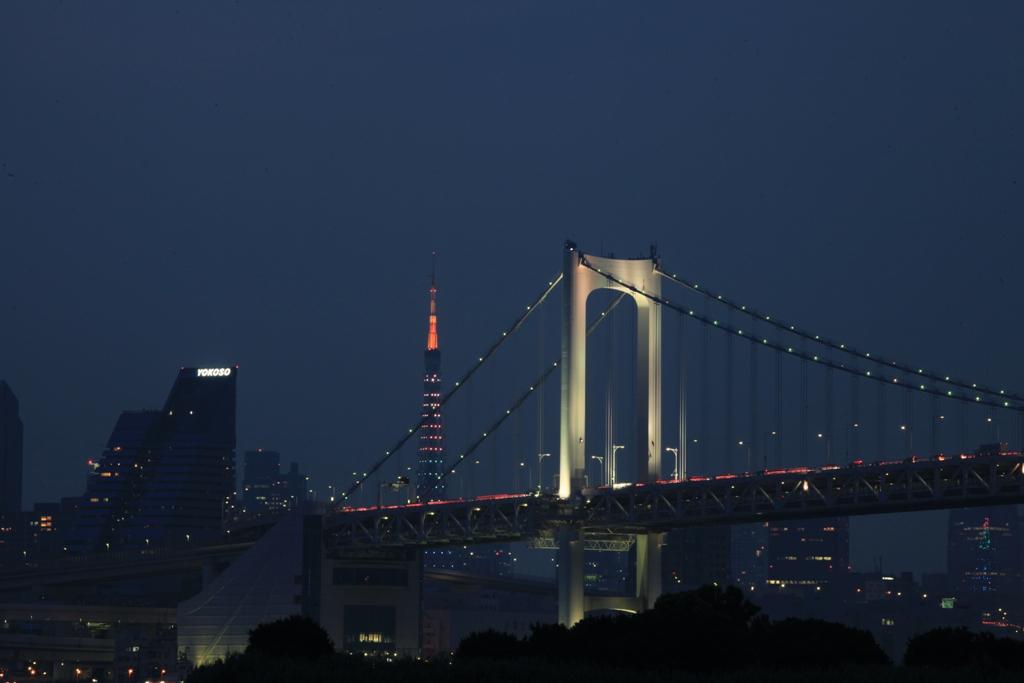 東京タワーとレインボー