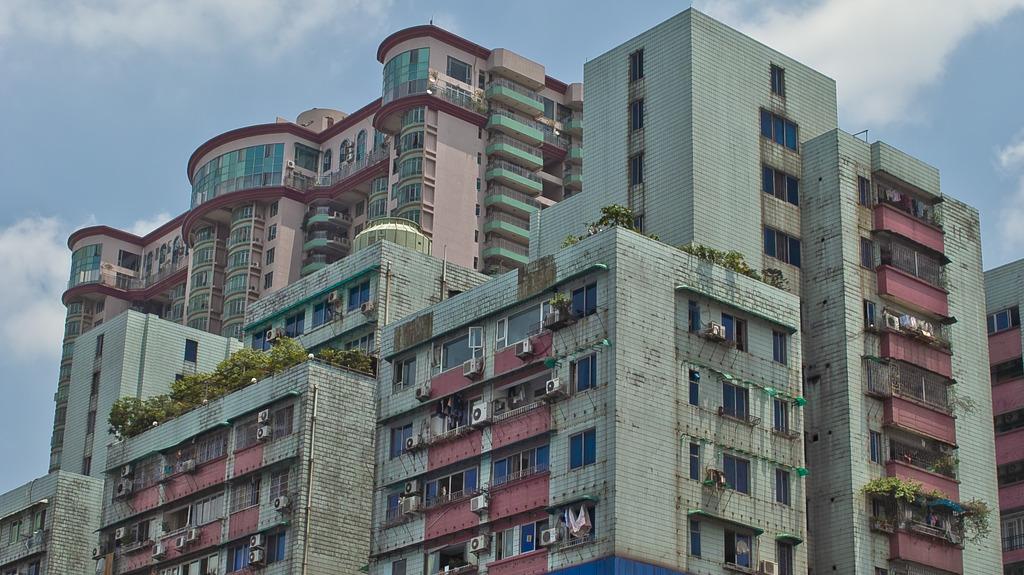 重量感のある建物