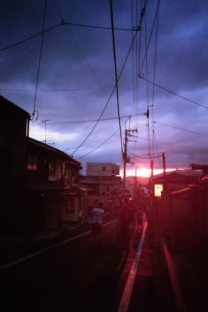 LOMO / 清水坂の夕焼け