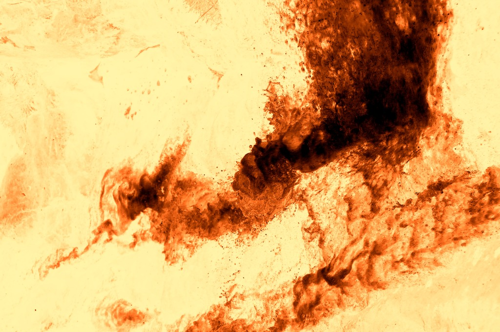 燃え上がる水