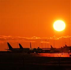 夏、バンクーバー国際空港