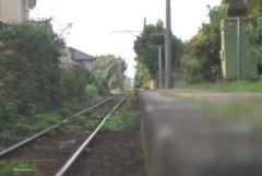 ホームと線路