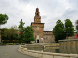 スフォルツェスコ城①