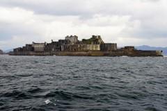 時化の軍艦島