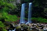 夫婦滝(スローで撮ってみました)