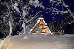 雪明りの宵