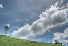 たなびく雲の下で11