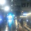 夜霧の歩道