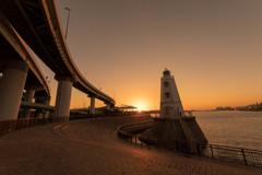 旧堺燈台と夕日