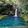 第七百三作  「澄みきつて 滝の壺にお水満々」 高知県伊野