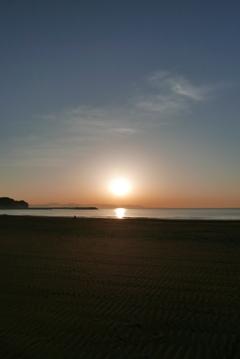 朝の片瀬海岸