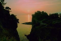 水のある風景 1 【写真100】 朝陽が昇る
