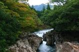 渓流のある風景