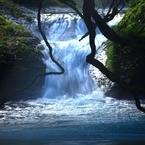 CANON Canon EOS Kiss X7iで撮影した(山奥で見つけた滝)の写真(画像)